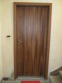 Чешка врата с подсилено крило