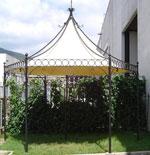 изработка на шестоъгълен навес от ковано желязо с покрив от плат
