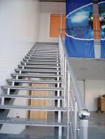 Метални стълби 13063-1155