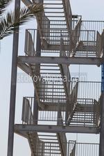 фирма за изработка на външно метално стълбище