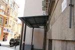 изработка на метален навес за жилищен вход