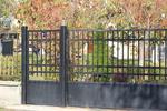 Пързалящи портални врати със скрита релса по заявка на клиента